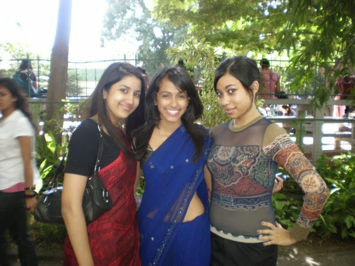 Local Beautiful Girls In Saree Leaked Pictures