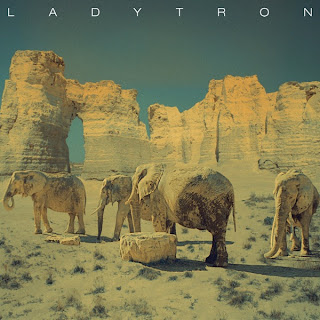 Ladytron - White Elephant Lyrics