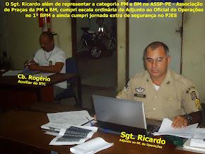O Sgt. Ricardo de serviço de Adjunto no 1ºBPM Lançando o Efetivo dia 26/07/13