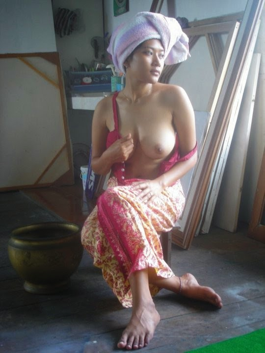 Desi half naked girls apologise