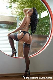 twerking girl - rs-315454_main-713529.jpg