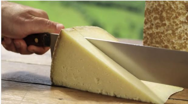 "Fromage ""Le Cantal"""