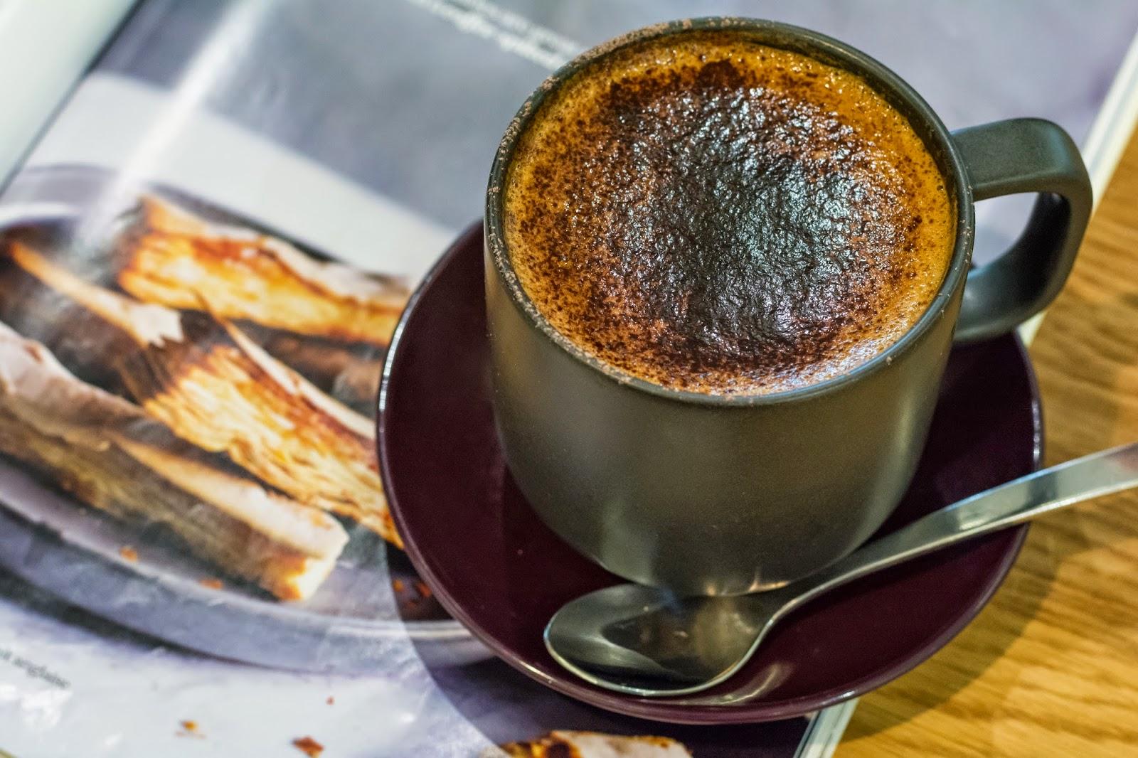 кофе с миндальным молоком