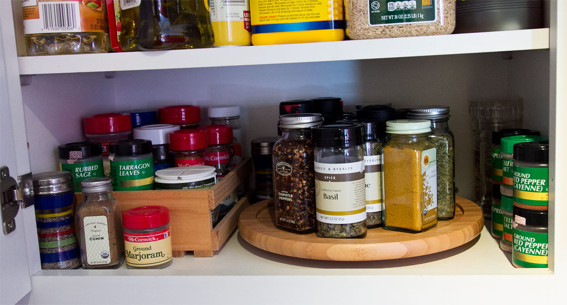 Diy lady hacks lazy susan as spice organizer in small kitchen cabinet - Spice rack for lazy susan cabinet ...