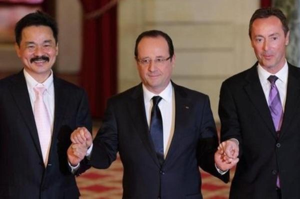 Rusdi Kirana bersama Presiden Perancis (Francois Hollande) dan CEO Airbus (Fabrice Bregier). ZonaAero