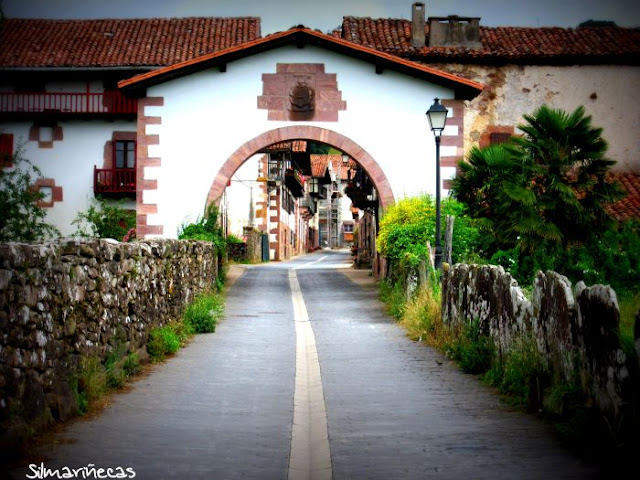 Arco de Amaiur-Maya, Baztán Navarra