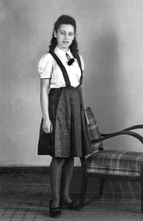 pretty German girl East Prussia 1930s