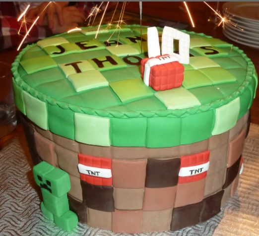 Minecraft Images For Birthday Cake : The Minecraft Castle: Minecraft Birthday Cakes