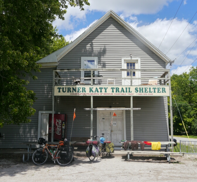 Turner trail shelter