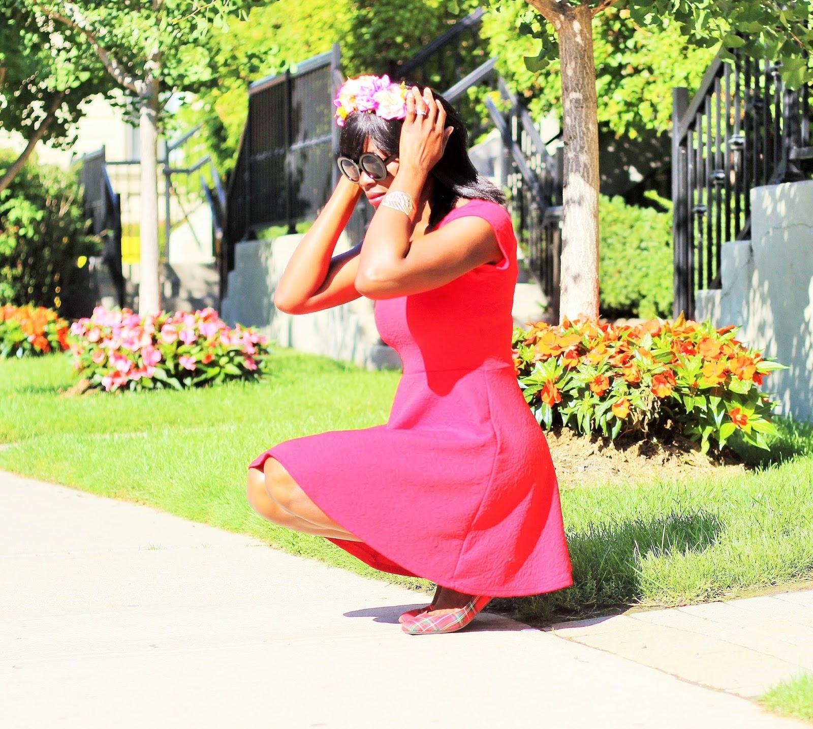 LITTLE RED DRESS: SUMMER CASUAL