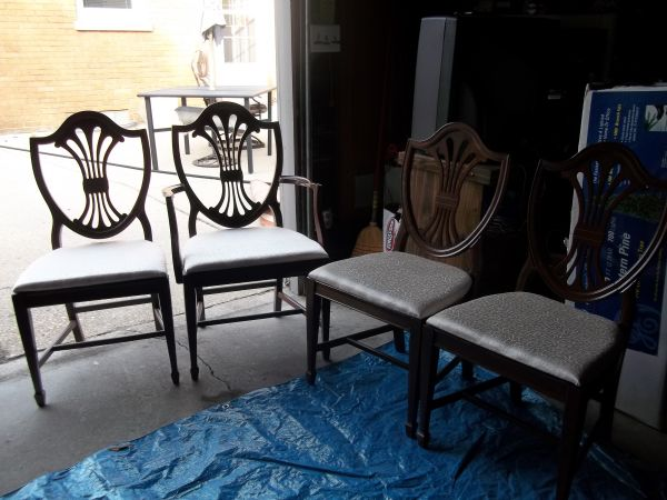 My best friend craig craigslist monday dining chairs and for Dining room tables craigslist