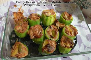 Vie quotidienne de FLaure: Courgettes garnies d'une fondue de poireaux