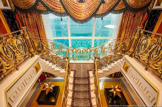 Burj al arab inside the most expensive seven star hotel for The most expensive hotel in the world dubai