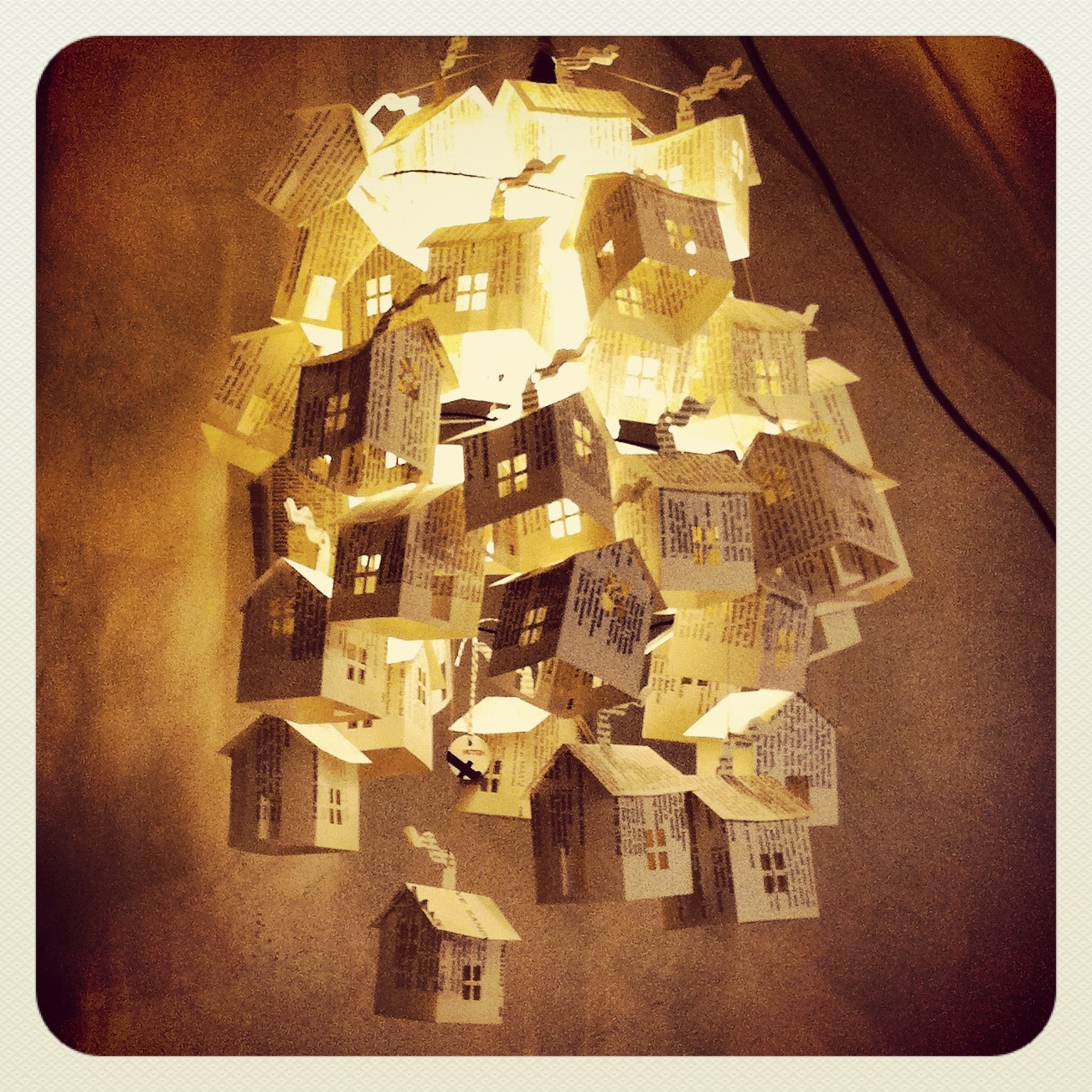 Paper house lights at hutch these wooden ideas for Classic house books