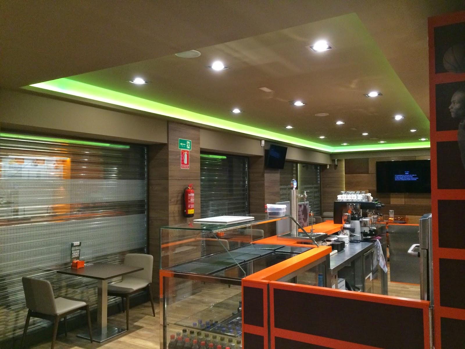 Ebled iluminacion luckia sport cafe madrid valencia sevilla iluminacion led rgb en - Iluminacion en valencia ...