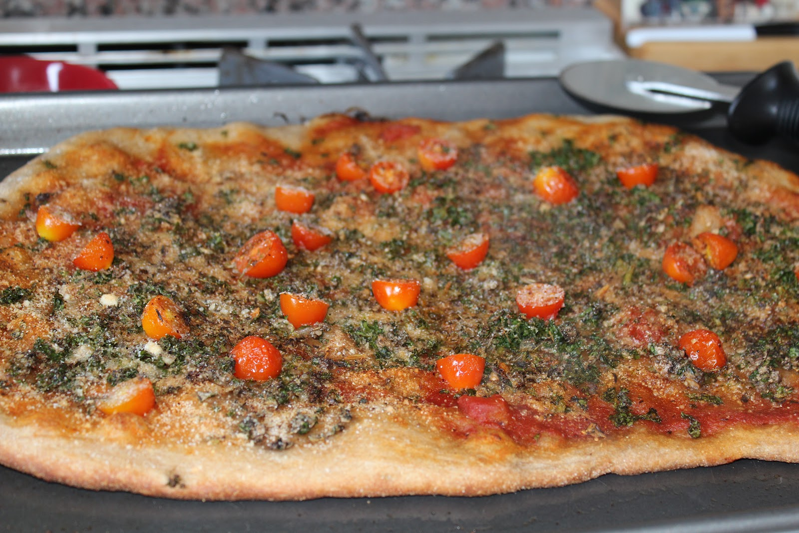 Mommy and Baby food: Kale Mushroom and Tomato Whole Wheat Pizza