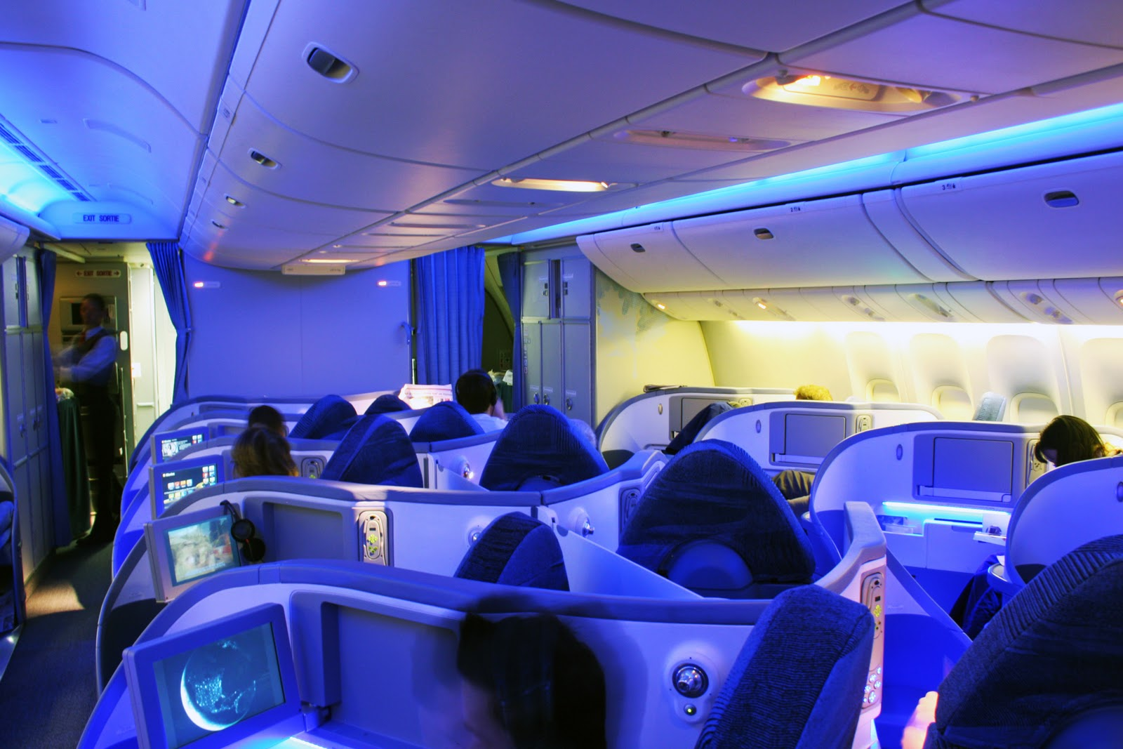 Trololo blogg 787 iphone wallpaper for Interior 787 dreamliner