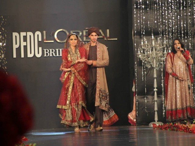 Bridal Pakistani Dresses Suits Mehndi Designs Pic Jewellery Mehndi Lehengas 2013 Pakistani
