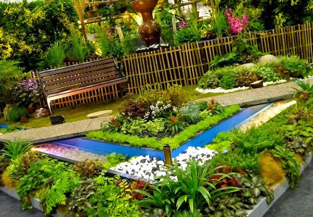 #1 nice flowers garden wallpapers