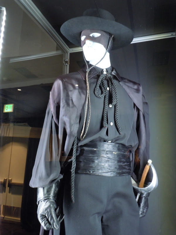 Zorro Guy Williams TV costume