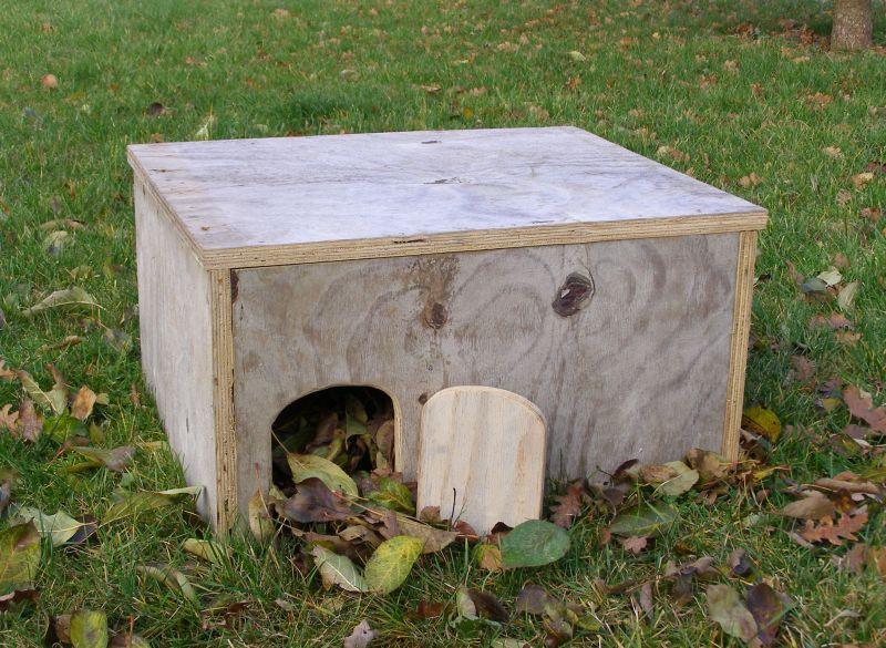gutshof carolinenthal igelhaus. Black Bedroom Furniture Sets. Home Design Ideas