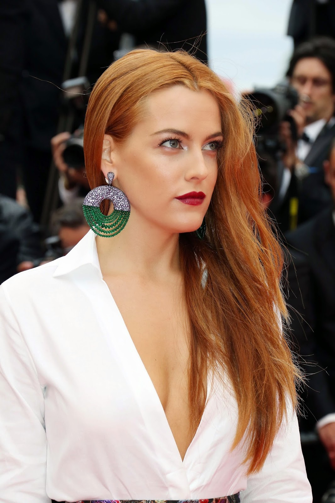 Cannes 2014, purple sapphires, diamonds, de GRISOGONO