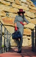 http://shoppingduo.blogspot.com.es/2013/11/anade-sombrero-tu-look.html