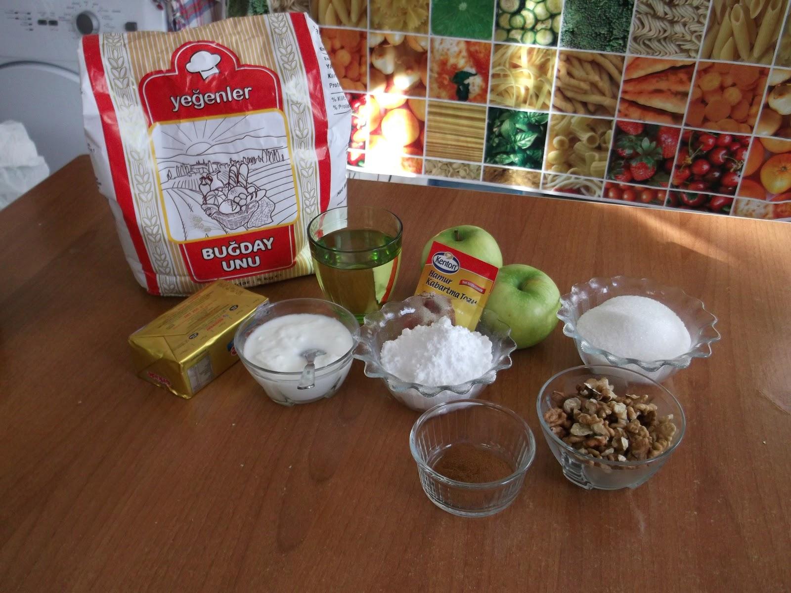 CookingNeedles: Elmali Kurabiye ( Cookies with apple filling)