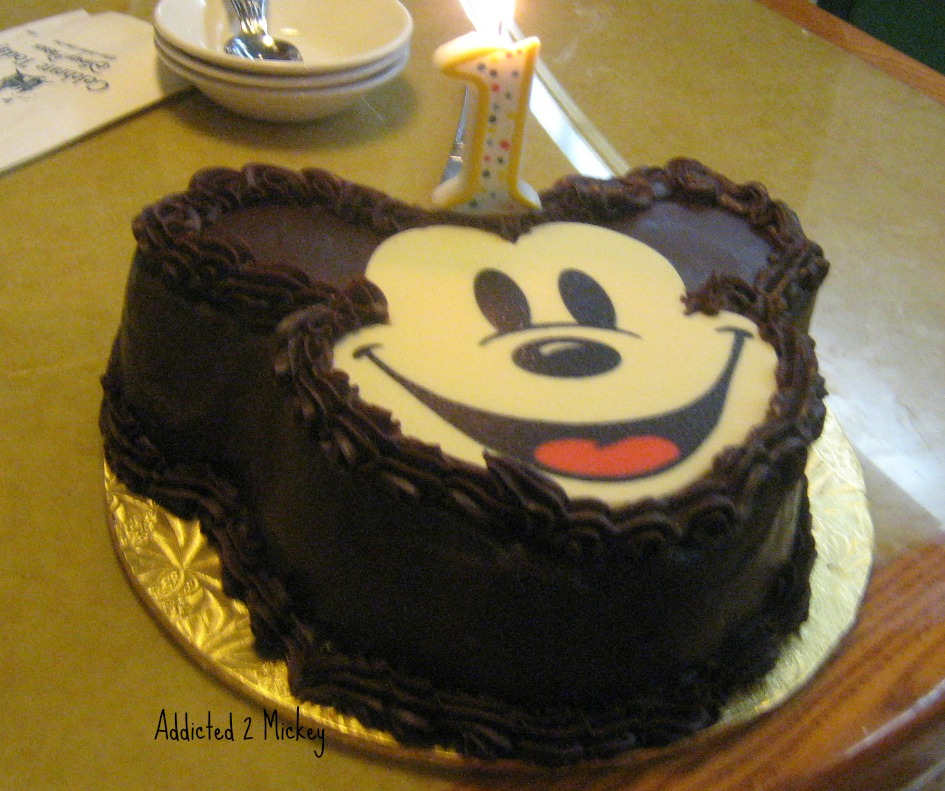 Addicted 2 Mickey Foodie Friday Specialty Cakes at Walt Disney World