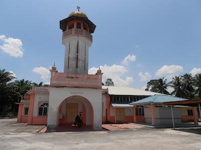 Masjid Al Jabariah, Lambor Kiri, Bota