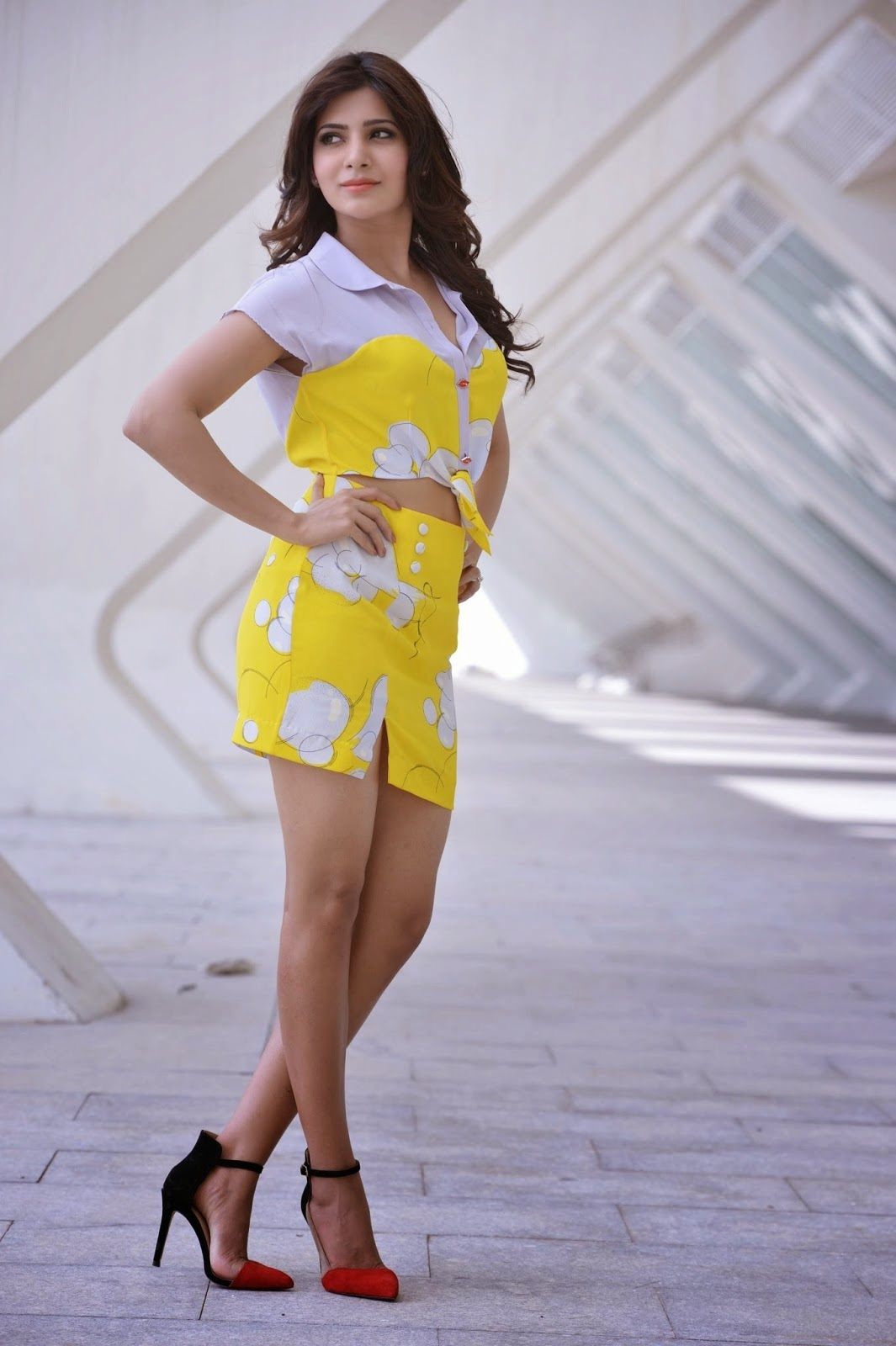 Samantha Latest Glamorous Photo shoot Gallery-HQ-Photo-1