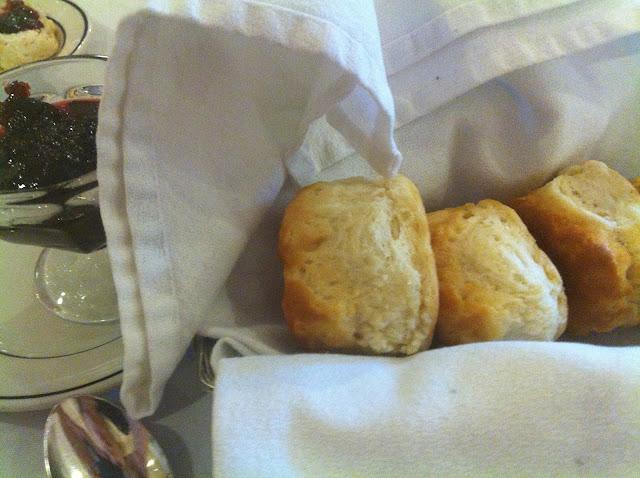 Travertine Restaurant bread