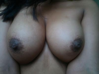Tetasas de mujer Boliviana