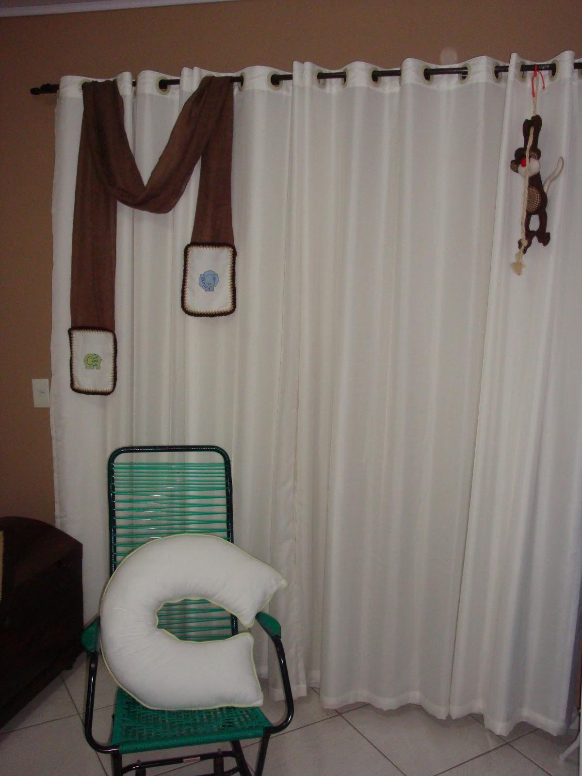 bordados e macaco de tecido a cadeira de balanço veio parar aqui #375F4D 1200x1600