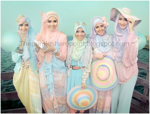 Hijabi Wedding in Pastel Colors | The sharepoint