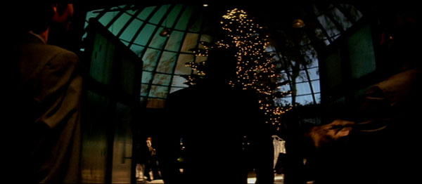 A crazy action sequence begins in Johnnie To's Exiled