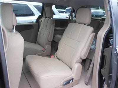 2012 Chrysler Town and Country Interior