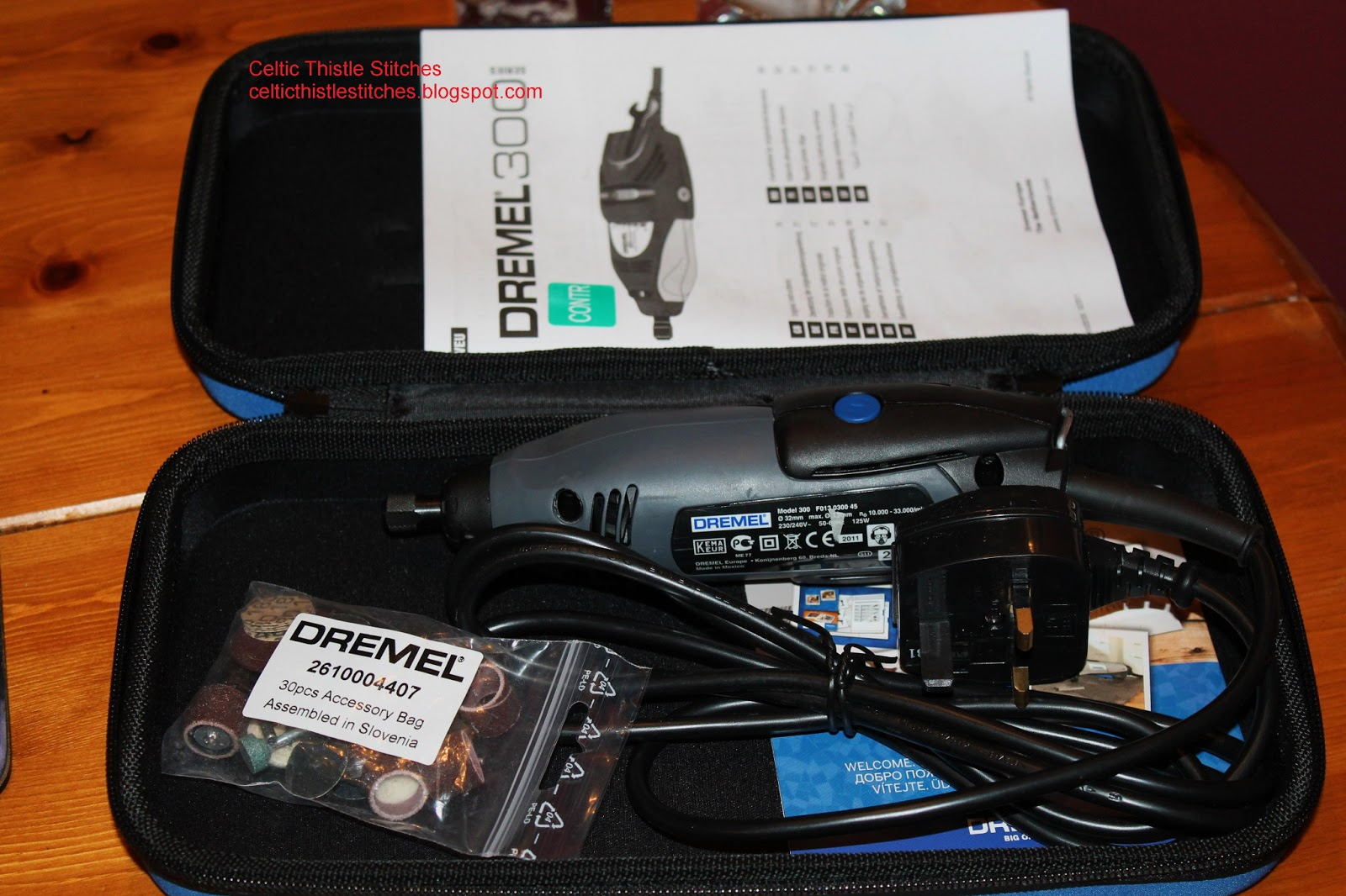 Dremel 300 Drill and accessories in carry case