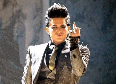 adam lambert flippin the bird