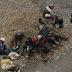 Mundo/ Más de cinco mil mineros con explosivos bloquean carreteras de Bolivia