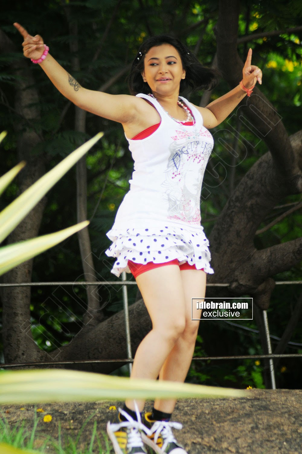 Swetha Basu dance hot