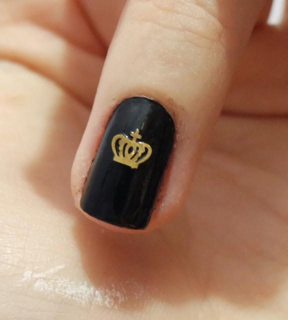 unhas pretas, unhas coloridas, esmaltando, look das unhas, coroas