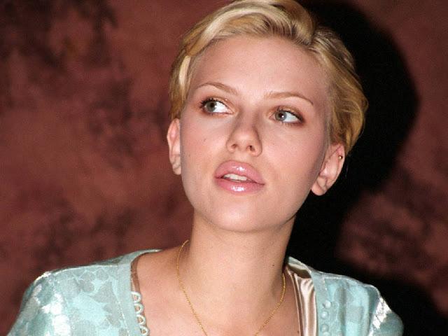 Foto telanjang Scarlett Johansson