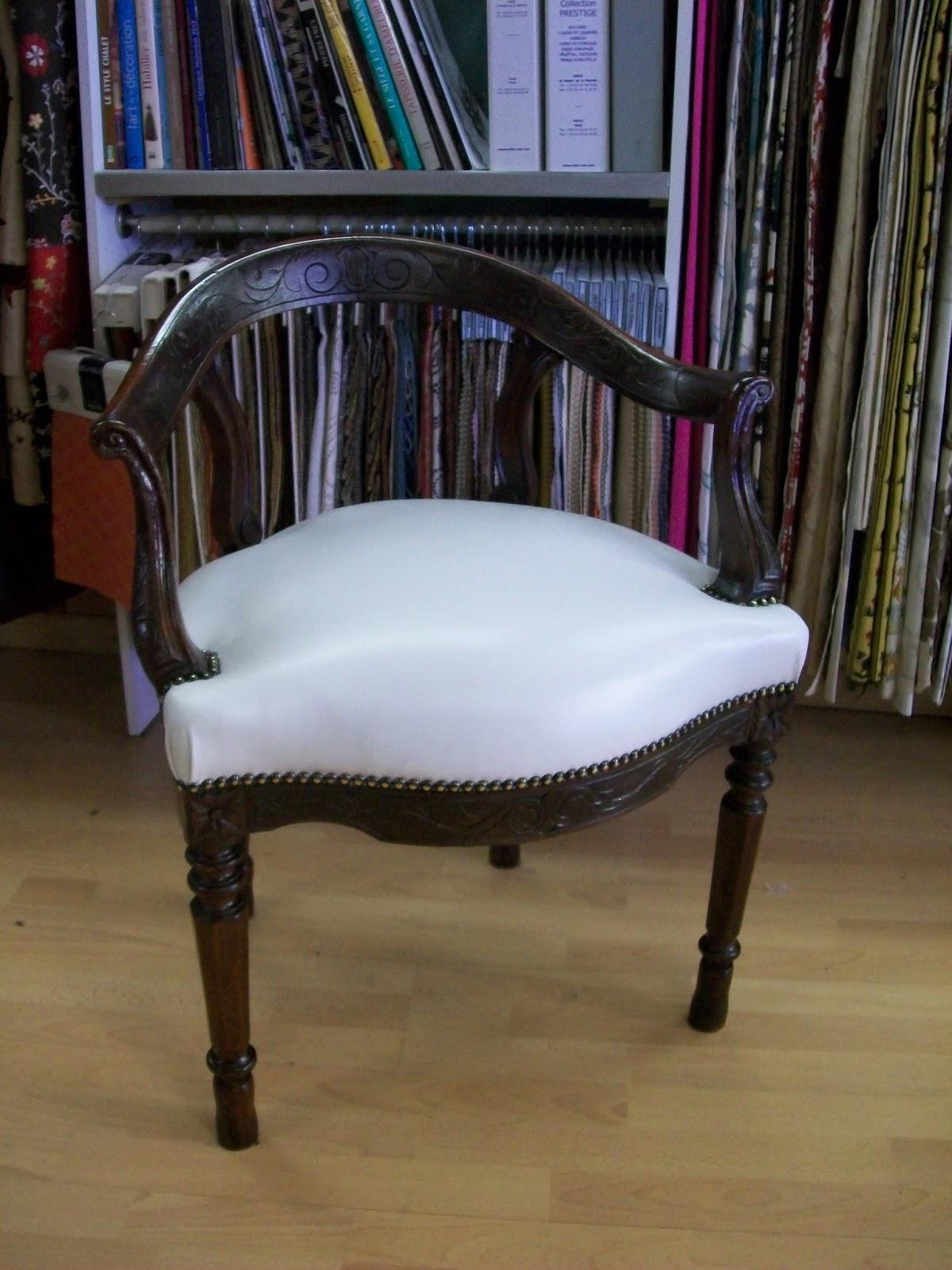l 39 fauteuil de bureau de style. Black Bedroom Furniture Sets. Home Design Ideas