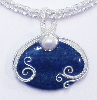 Judy Larson\'s Wire Wrapped Drilled Bead Pendant Tutorial ~ The ...