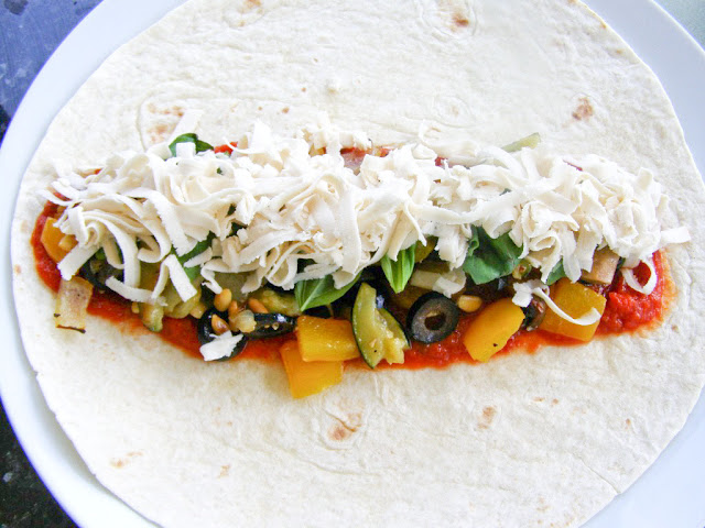 maple•spice: Grilled Roasted Vegetable Pizza Wraps