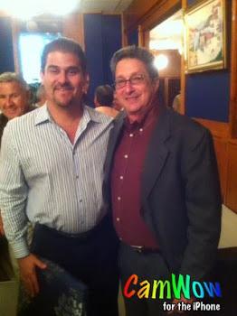 J.C. León junto a Pedro Corzo en reunión de la UCP de Miami (Unión de Colaboradores de Prensa)