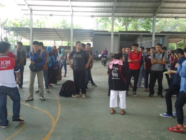 UKM olahraga : mempererat komunikasi dengan Makrab
