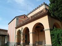Façana de llevant amb la capella de Santa Maria i Sant Francesc