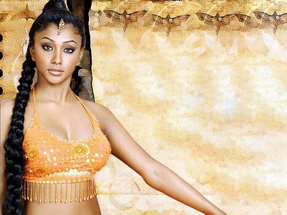 Hindi Hot Actress Deepal Shaw Photos and Bio
